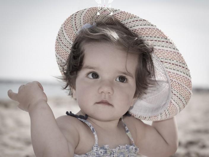 Portrait d'enfant, de bambin, par L'oeil de Noémie, photographie. Photographe en Auvergne, en France.