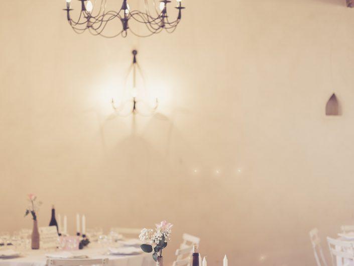 photo décoration de mariage, château de Beaujeu, Sancerre, par L'oeil de Noémie photogrpahe de mariage à Vichy en Auvergne