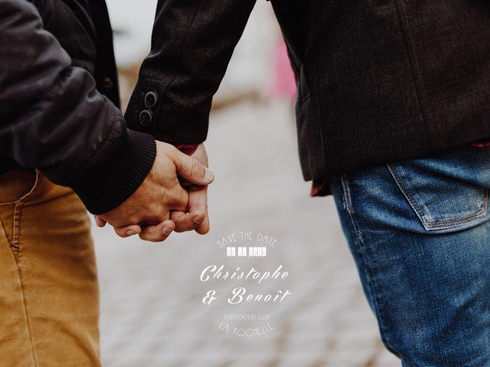 main dans la main, true love, couple gay, séance photo engagement à la Rochelle, par L'oeil de Noémie photographe de mariage à La Rochelle et partout en France