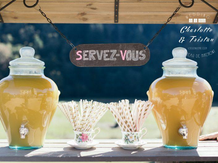 bar à jus mariage, belle photo de mariage, château de Miremont, Auvergne, L'oeil de Noémie photographe à Vichy, en Europe