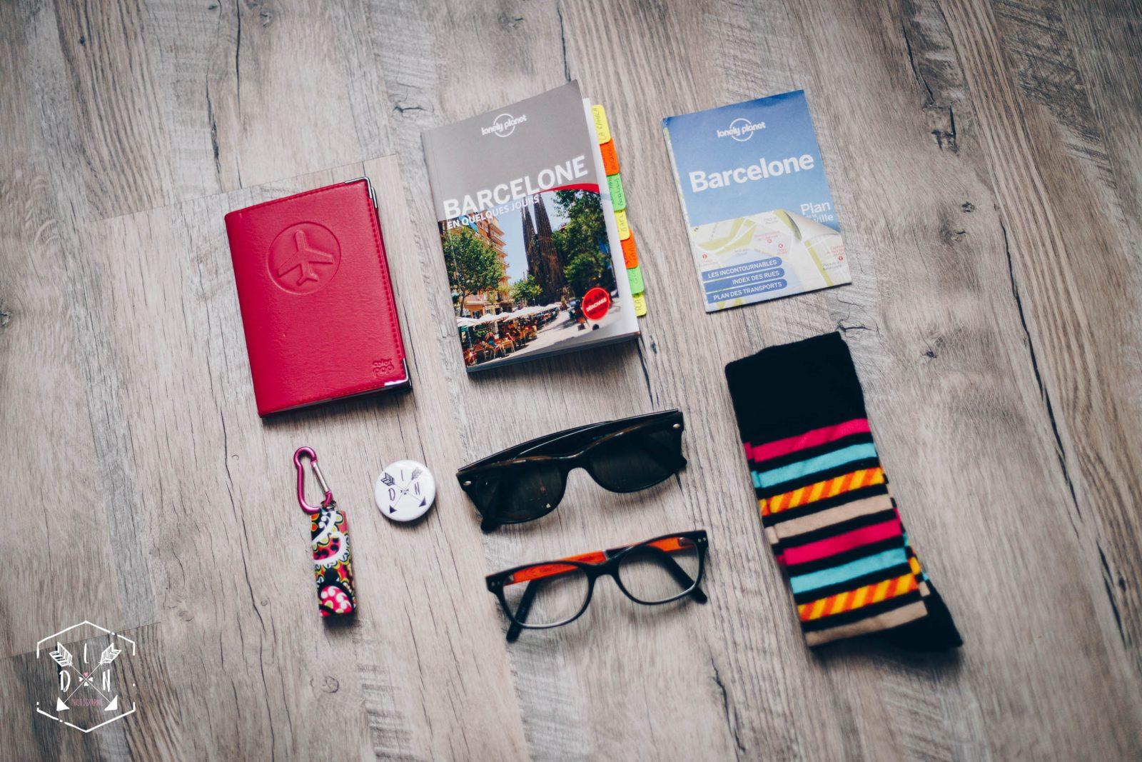 matériel pour voyage à Barcelone, lonely planet barcelone, photo blogueuse de voyage et photographie, L'oeil de Noémie une photographe qui voyage