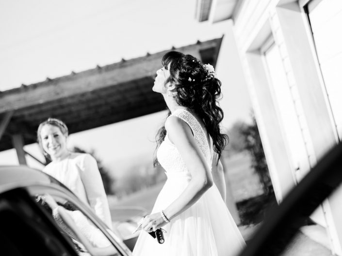 artistic wedding photography, wedding photographer France, photo tendance lifestyle de mariage, L'oeil de Noémie photographe de mariage basée à Clermont-Ferrand en Auvergne