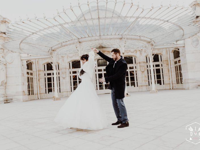 photo de couple mariage opéra Vichy Célestins, meilleur photographe mariage Auvergne et France, L'oeil de Noémie reporter photographe de mariage à Vichy dans l'Allier