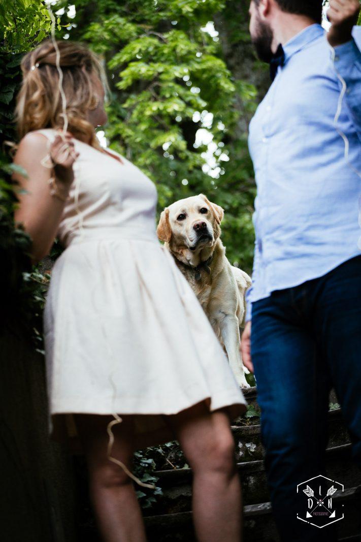 réussir son mariage, magnifique séance engagement, photo de couple originale, L'oeil de Noémie élue meilleur photographe de mariage en Auvergne