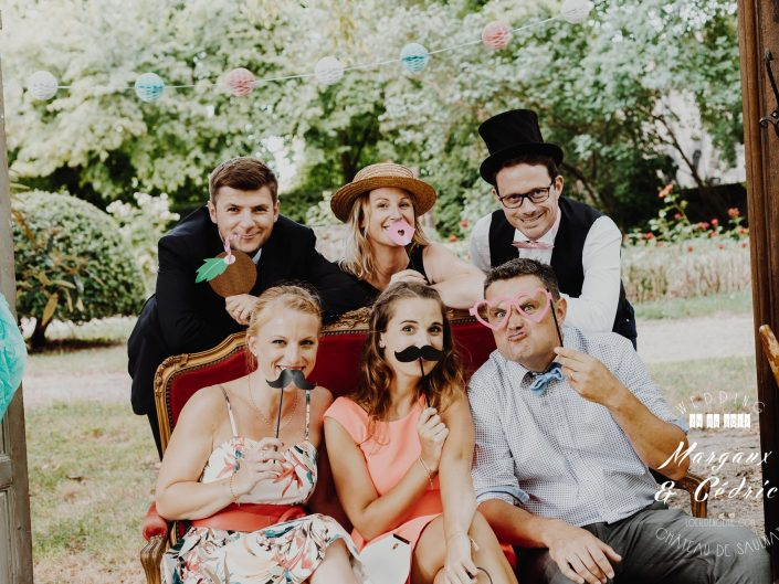 décoration et détails chics de mariage, belle photo soirée de mariage, L'oeil de Noémie meilleur photographe de mariage en Auvergne