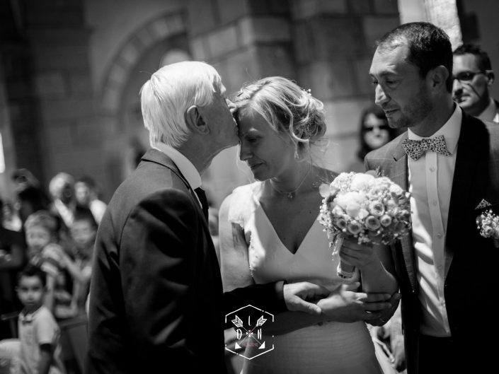 se marier, belle photo de mariage, L'oeil de Noémie meilleur photographe de mariage en Auvergne, Saint Maurice, Espace des Chanvres, Puy de Dôme