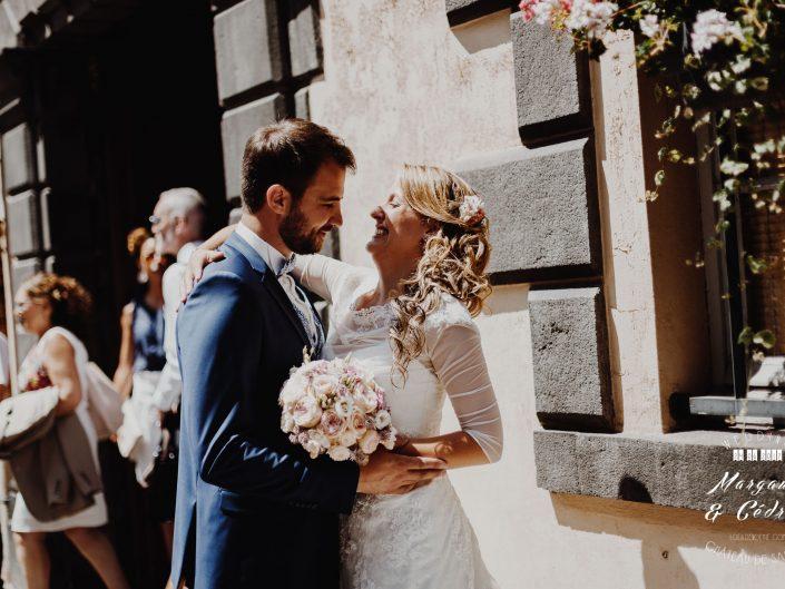 photo fun de couple, Château de Saulnat, Puy de Dôme, Auvergne, L'oeil de Noémie meilleur photographe de mariage en France