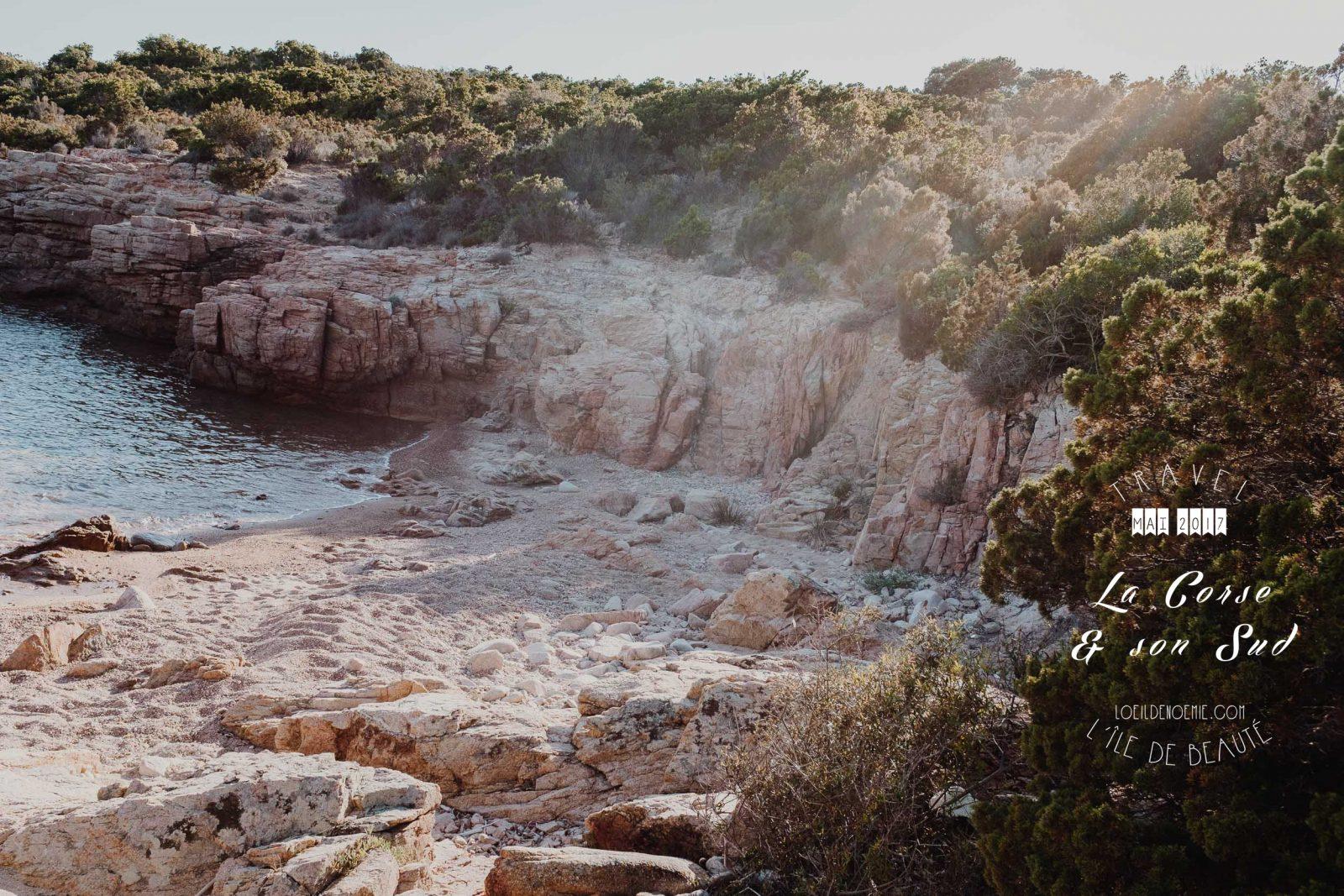 Plage de Rondinara, par L'oeil de Noémie, photographe et blogueuse voyage. Belle photo de Corse du Sud.