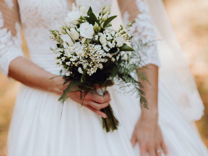 beau reportage photo de mariage, secrets de mariage, L'oeil de Noémie élue meilleur photographe de mariage en Auvergne, ZIWA