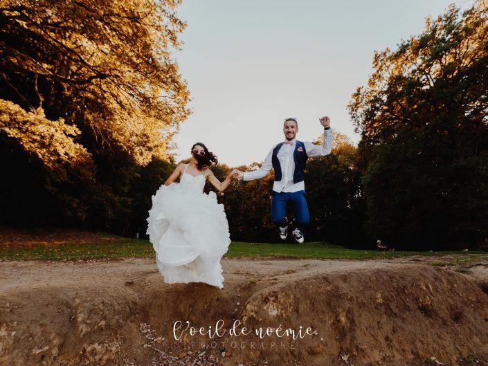 magnifique trash the dress, séance photos day after au gour de tazenat, en Auvergne. L'oeil de Noémie photographe mariage Auvergne et France entière