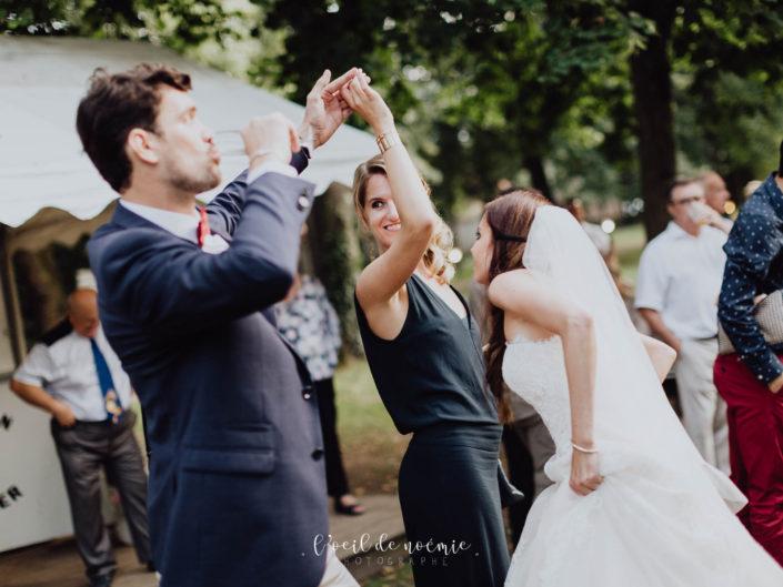 mariage romantique et moderne, inspiration déco mariage, mariage avec palettes en bois. destination wedding photographer, art wedding photo