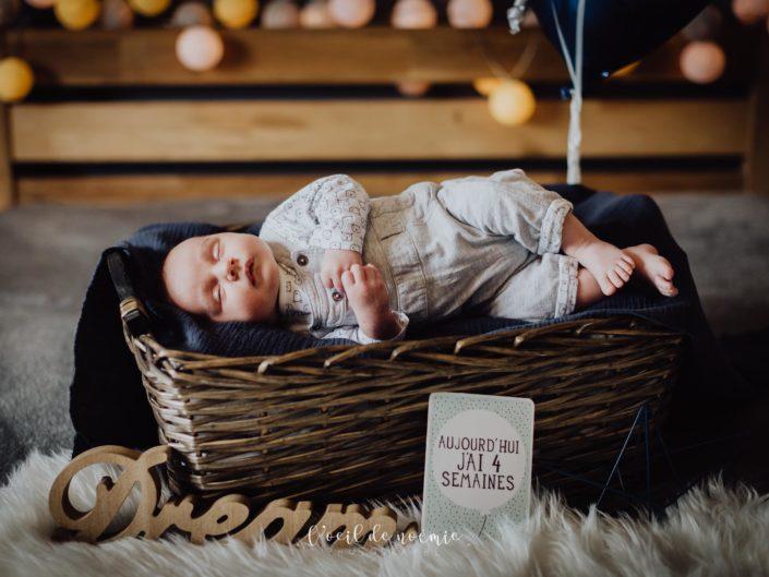 inspiration photo nouveau-né à domicile par L'oeil de Noémie photographe auvergne