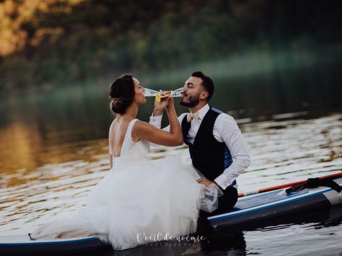 meilleur photographe mariage Clermont-Ferrand, belle photo day after en paddle en Auvergne